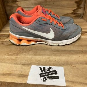 Nike reax run sneakers